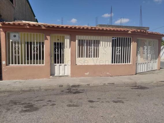 Se Vende Casa En El Oeste De Barquisimeto # 208621