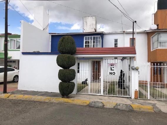 Oficina Comercial En Renta En Los Cedros, Metepec, México