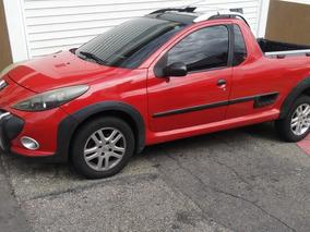 Peugeot Hoggar 1.6 16v Escapade Flex 2p 2011