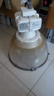 Reflector M59. Lithonia Lighting Lumiaire 400 W.