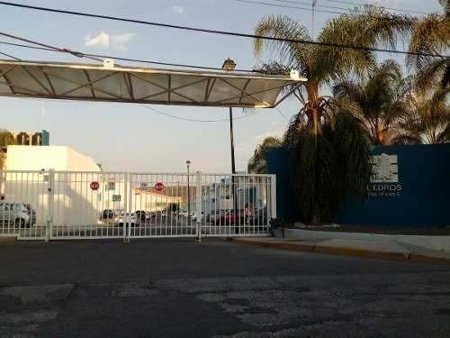 Zona Tec De Monterrey. Tipo Duplex Planta Alta.