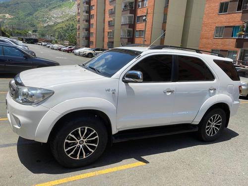 Toyota Fortuner 2009 4.0 Sr5