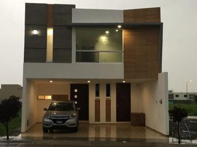 Venta Casa En El Fraccionamiento Sendero Del Fresno Puebla