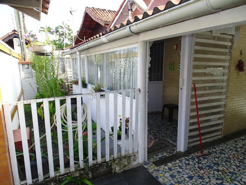 Casa Com 2 Dormitórios À Venda, 88 M² Por R$ 180.000 - Jardim Santa Eugênia - Mongaguá/sp - Ca0764