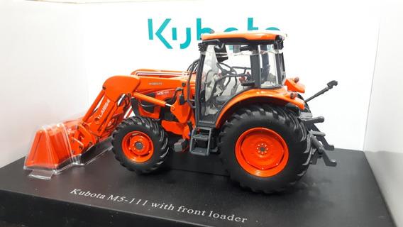 Miniatura Trator Kubota M5 C/ Conjunto Frontal - Escala 1/32