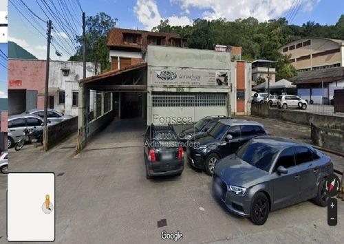 Galpoes - Quitandinha - Ref: 2101 - L-2101
