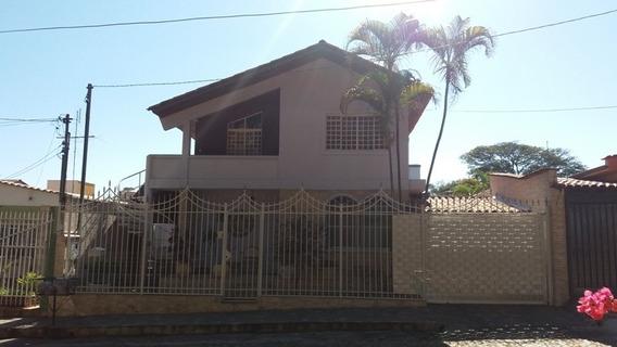 Excelente Casa No Alípio De Melo - 04 Quartos 02 Suíte E 04 Vagas! - Pc20741