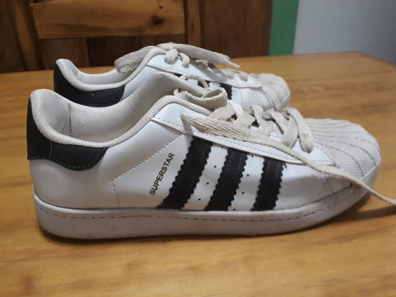 Zapatillas Nº 39 (imitación)