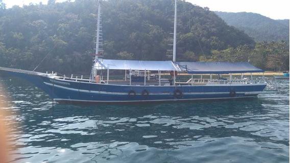 Escuna 137 Passageiros
