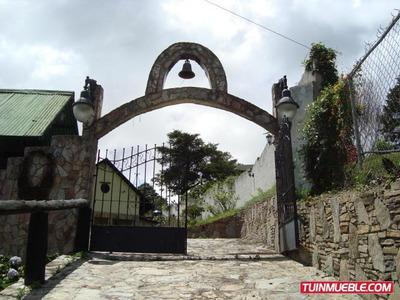 Casas En Venta- La Colonia Tovar 16-17578