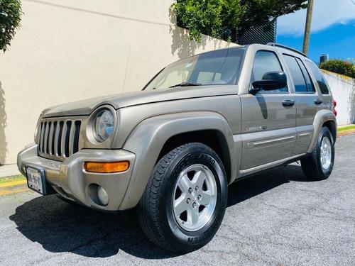 Imagen 1 de 15 de Jeep Liberty 2003 Limited 4x2 At