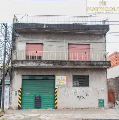 Venta Multifamiliar Con Galpón En San Martin