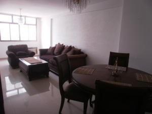 Apartamento En Alquiler. Morvalys Morales Mls #19-7111