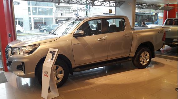 Toyota Hilux 2.8 Cd Srv 177cv 4x4 At 0 Km