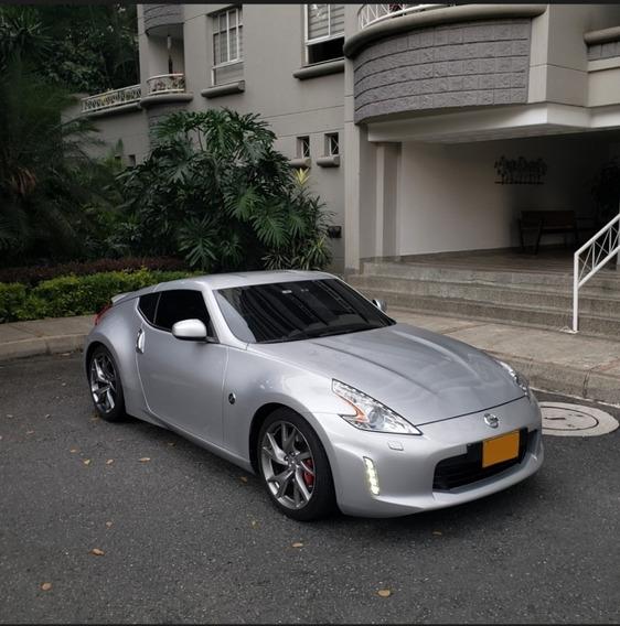 Nissan 370z 3.7l V6 332hp