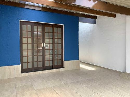 Sobrado Com 3 Dormitórios À Venda Por R$ 549.000,00 - Centro - Guararema/sp - So0039
