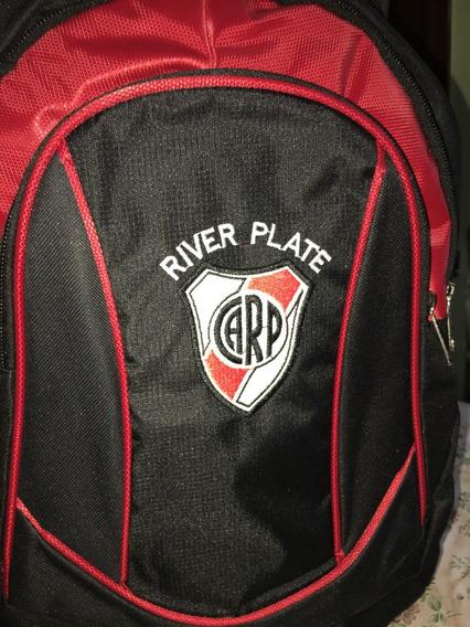 Mochila River Plate Grande Urbana Y Deportiva
