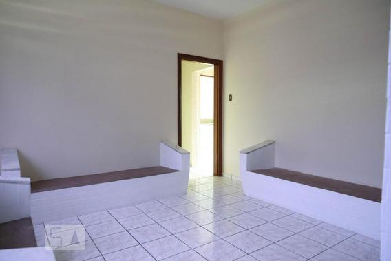 Casa Para Aluguel - Centro, 2 Quartos, 138 - 893023209