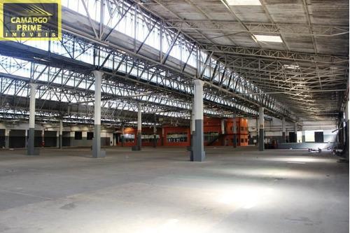Galpão De 7.800 M², Um Edifício Com 1.820 M² E Um Restaurante Com 630 M² - Eb82400