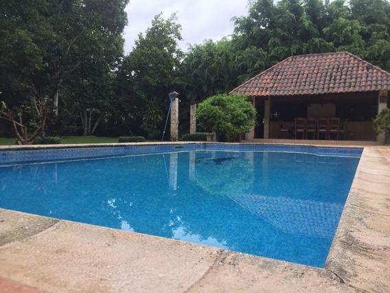 Hermosa Villa En Venta Y Alquiler En Metro Country Club