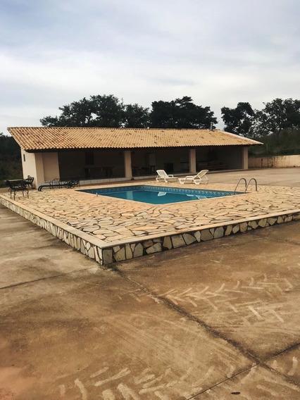 Fazenda Com 3 Quartos Para Comprar No Área Rural De Itaúna Em Itaúna/mg - Ec17121
