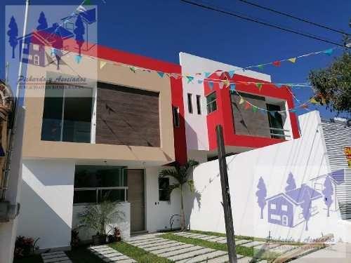 Venta De Casa Sola De 3 Recamaras Lomas De Tetela Cuernavaca