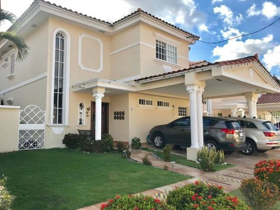 Vendo Casa En Ph Royal Country, Altos De Panamá 19-700**gg**