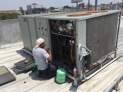 Serv. Mantenimiento Aire Acondicionado Paquetes Centrales