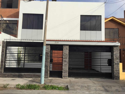 Vendo Casa Ubicada En El Distrito De San Miguel