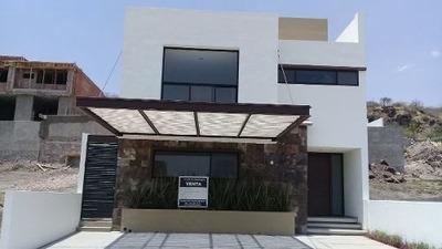 Renta De Hermosa Casa En Lomas De Juriquilla