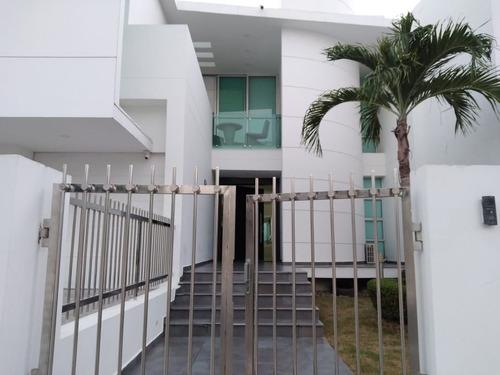 Venta Casa Re Modelada En Monteria