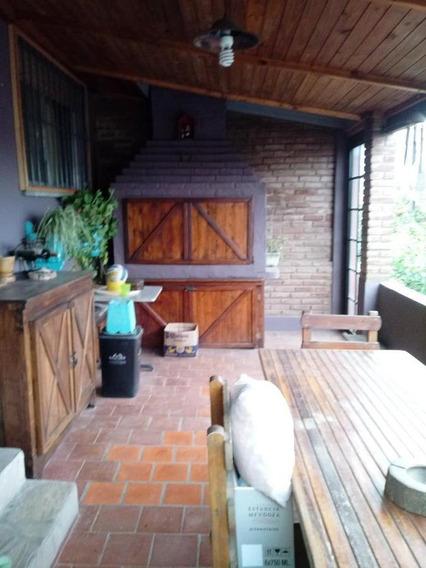 Casa 3 Ambientes -parrila - Terraza- Garage.