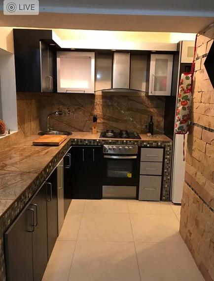 Apartamento En Venta En La Guaira, 04265187528