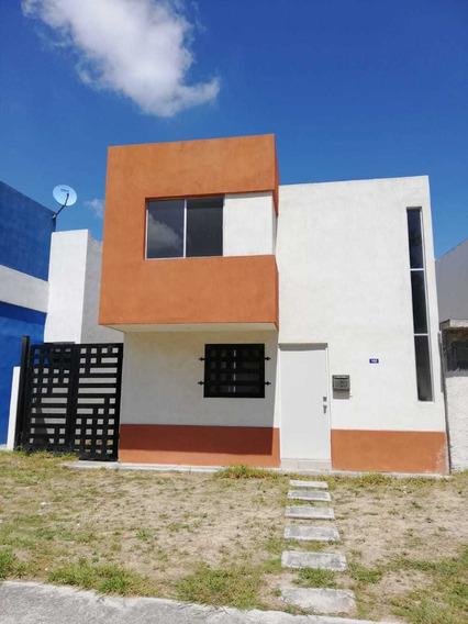Se Vende Casa Lista Para Habitar En Sector Privado En Paseo De Los Nogales Santa Rosa, Apodaca