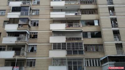 Apartamento En Venta En Los Palos Grandes Gr A90