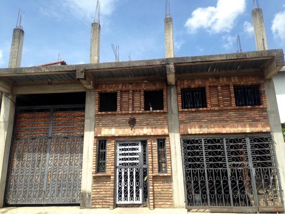 Casa En Tucape.