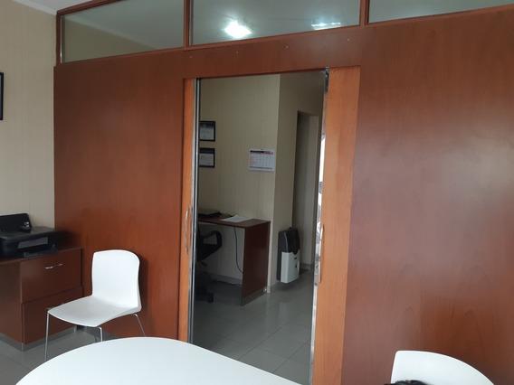 Oportunidad Inmejorable Vendo Oficina Con Cochera!