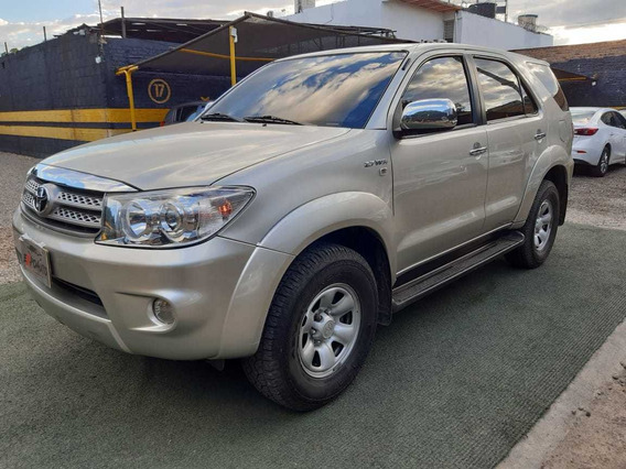 Toyota Fortuner At 4x2 2011