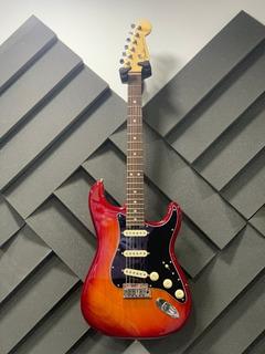 Guitarra Fender American Elite Stratocaster 2016