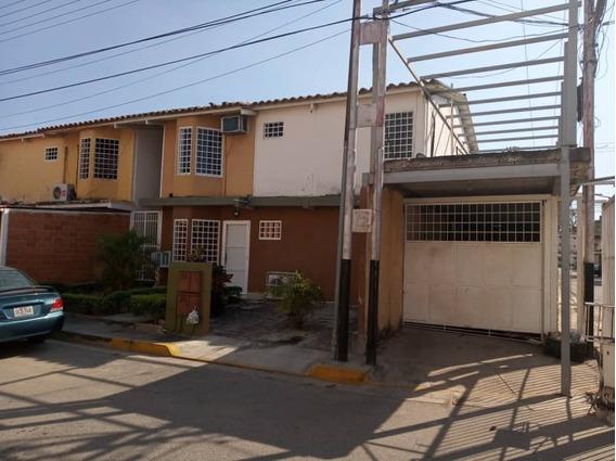 Se Vende Tetra Casa En Montaña Fresca, 04128921943