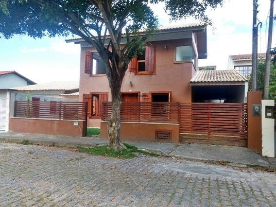 Casa Duplex Com 03 Quartos, Na Quadra Da Praia Em Barra De São João.