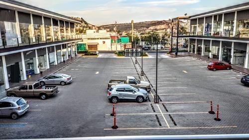 Local Comercial Renta Ideal Estética - Oficina 2 Niveles A/c