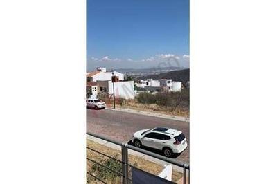 Casa En Renta Cumbres Del Cimatario, Querétaro, Centro Sur, Amplia Y En Excelente Ubicación