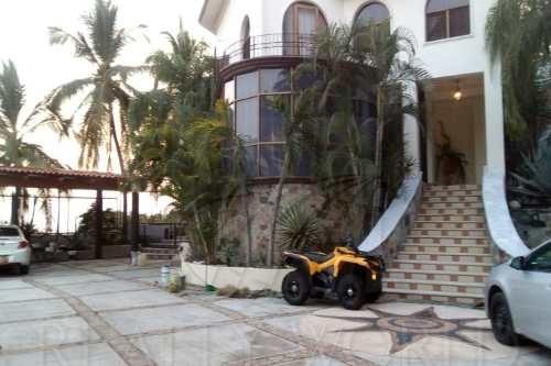Casas En Venta En Colinas De Santiago, Manzanillo