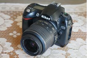 R$699! Câmera Nikon D70 + Lente 18-55mm - Só 6 Mil Clicks