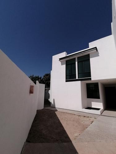 Imagen 1 de 9 de Casa Con Vista Panorámica