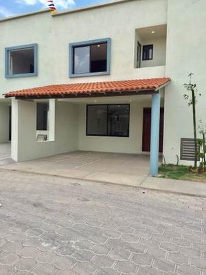 Casa En Renta Residencial En Cuautlancingo