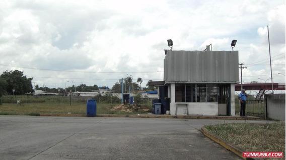 Galpones En Alquiler Zona Industrial De Yaritagua.