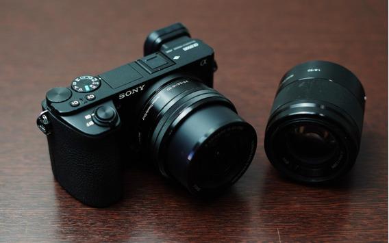 Camera Sony A6500 + Lentes