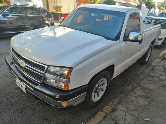 Chevrolet Silverado 5.3 Pickup Silverado 2500 At 2005